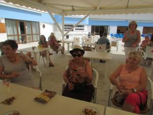Jeanine , Josette et son enorme bleu au bras